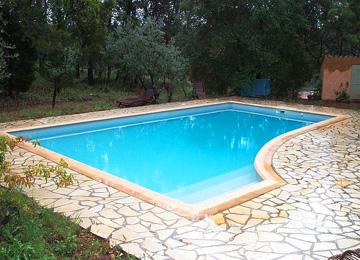 piscine en résine
