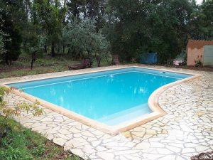 Contruire sa piscine en résine